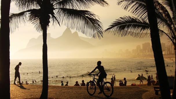Biking-in-Rio-de-Janeiro-Sunset-at-Arpoador
